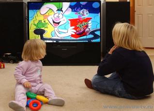 От частого просмотра телевизора дети спят меньше