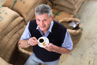 Потребление кофе снижает риск смерти от цирроза печени