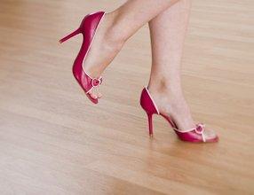 Вредно ли носить каблуки?