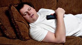 Вредно ли спать после еды?