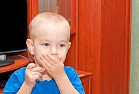 Запах ацетона изо рта у ребенка - причины, лечение