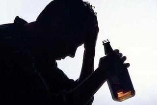 Запойное употребление алкоголя увеличивает время, необходимое для заживления ранений